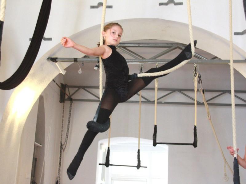 école, danse, bastia, viviani, cirque, cours, compagnie, atelier, trapèze